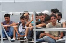 Immigrazione: veliero giunto porto R.Calabria, presi scafisti