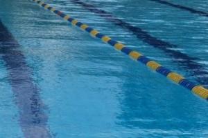 piscina-300x222