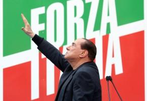 L'allarme di Berlusconi: si accorge del pericolo di deriva autoritaria